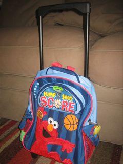 elmo-suitcase-2.jpg
