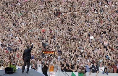 APTOPIX Germany Obama 2008