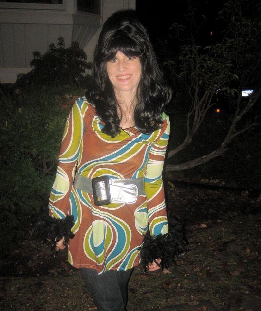 priscilla presley costume