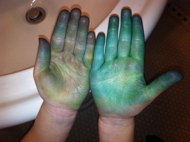 summers-hands-from-easter-egg-dye