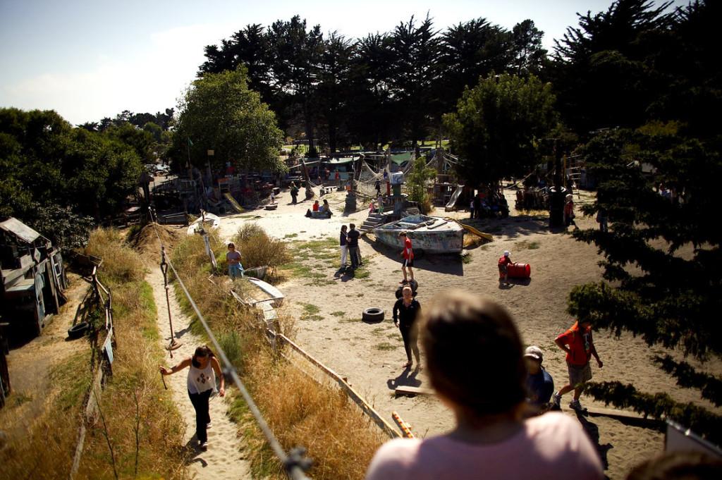 berkeley-adventure-playground-073_19916293_slide-58a590b4fac078dd1e142d83a78a915a2229383a-s40-c85