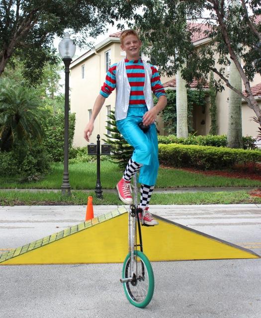 circus - woo woo