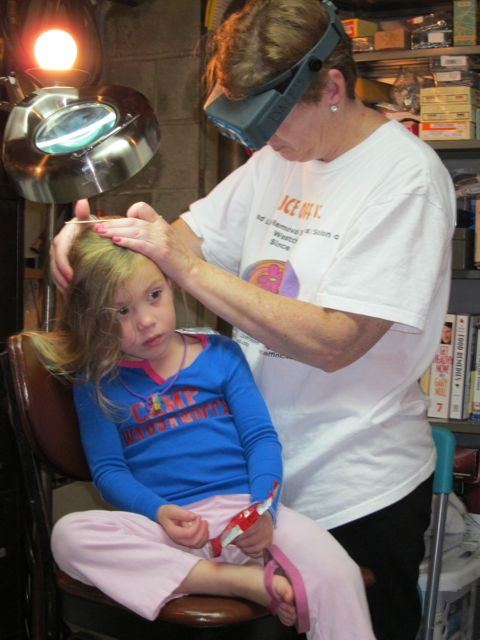 Summer-getting-treated-for-lice