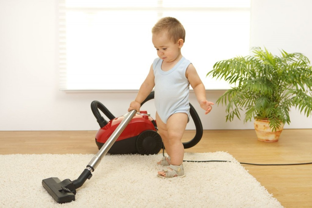 baby-vacuuming-1024x682