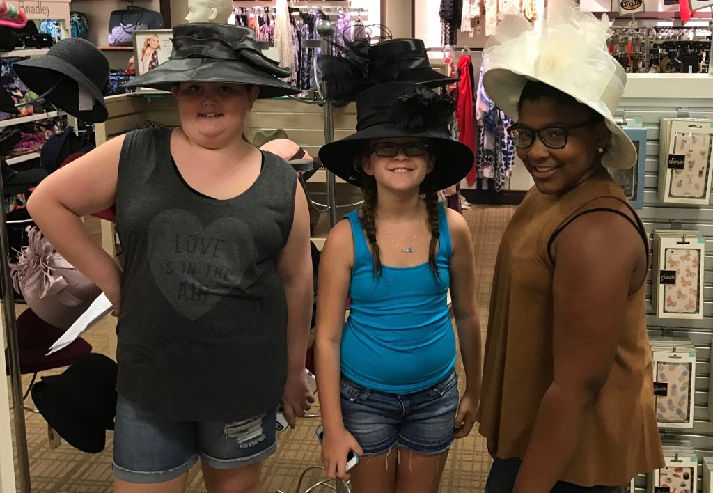 scavenger-hunt-big-hats