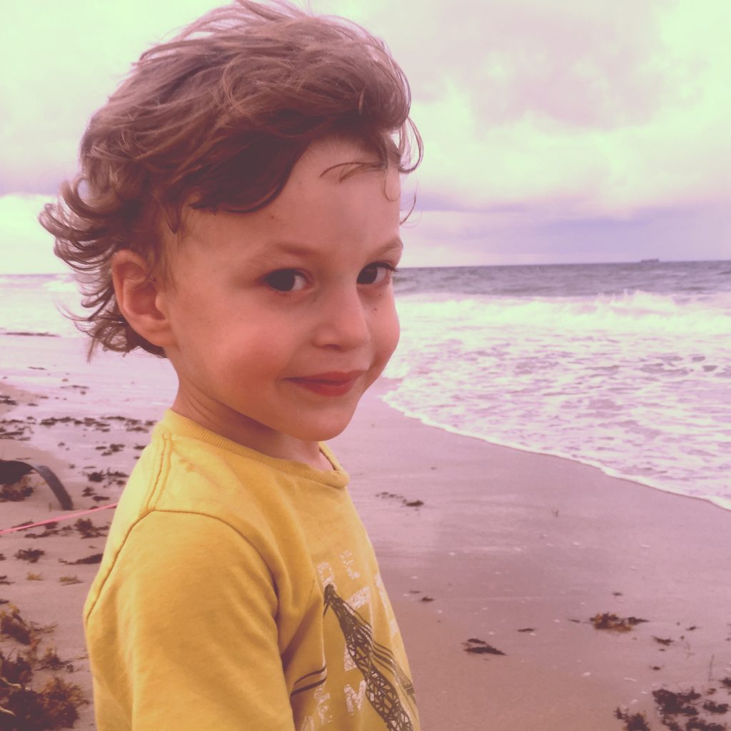 Cash-Fort Lauderdale-beach