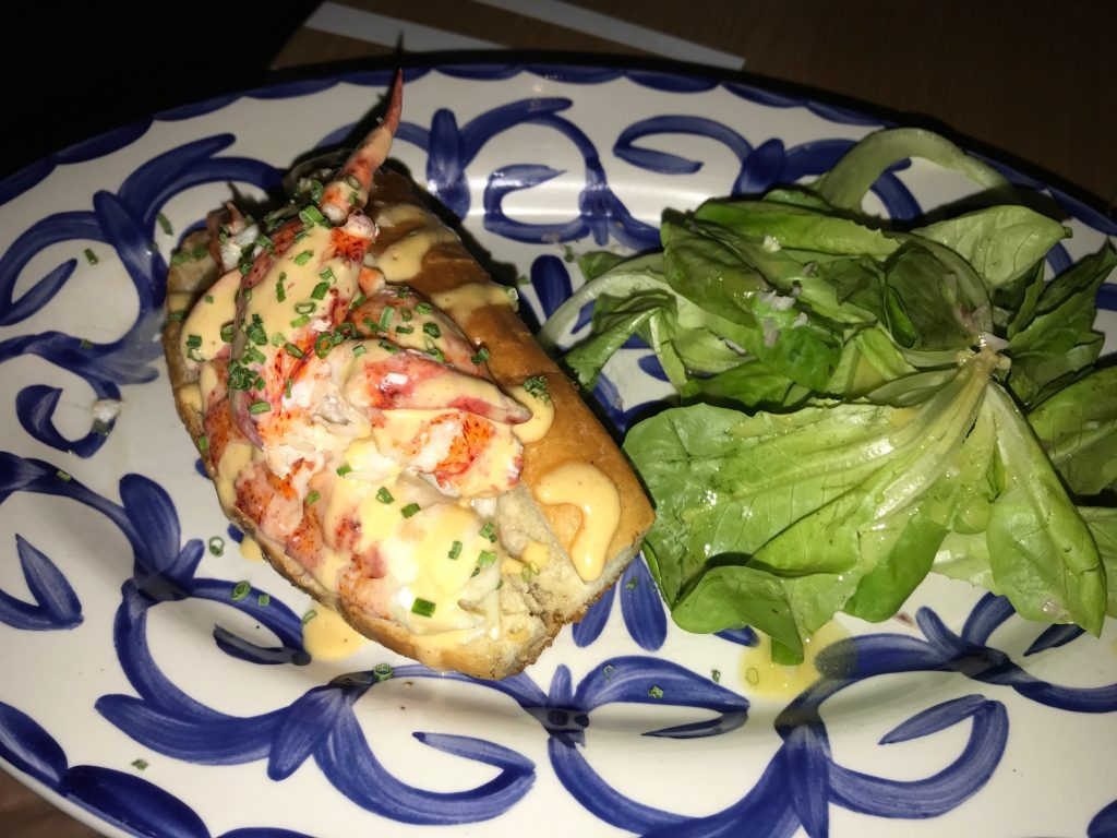 diplomat lobster roll